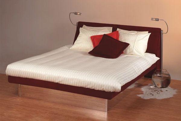 spiegelsockel wasserbett. Black Bedroom Furniture Sets. Home Design Ideas